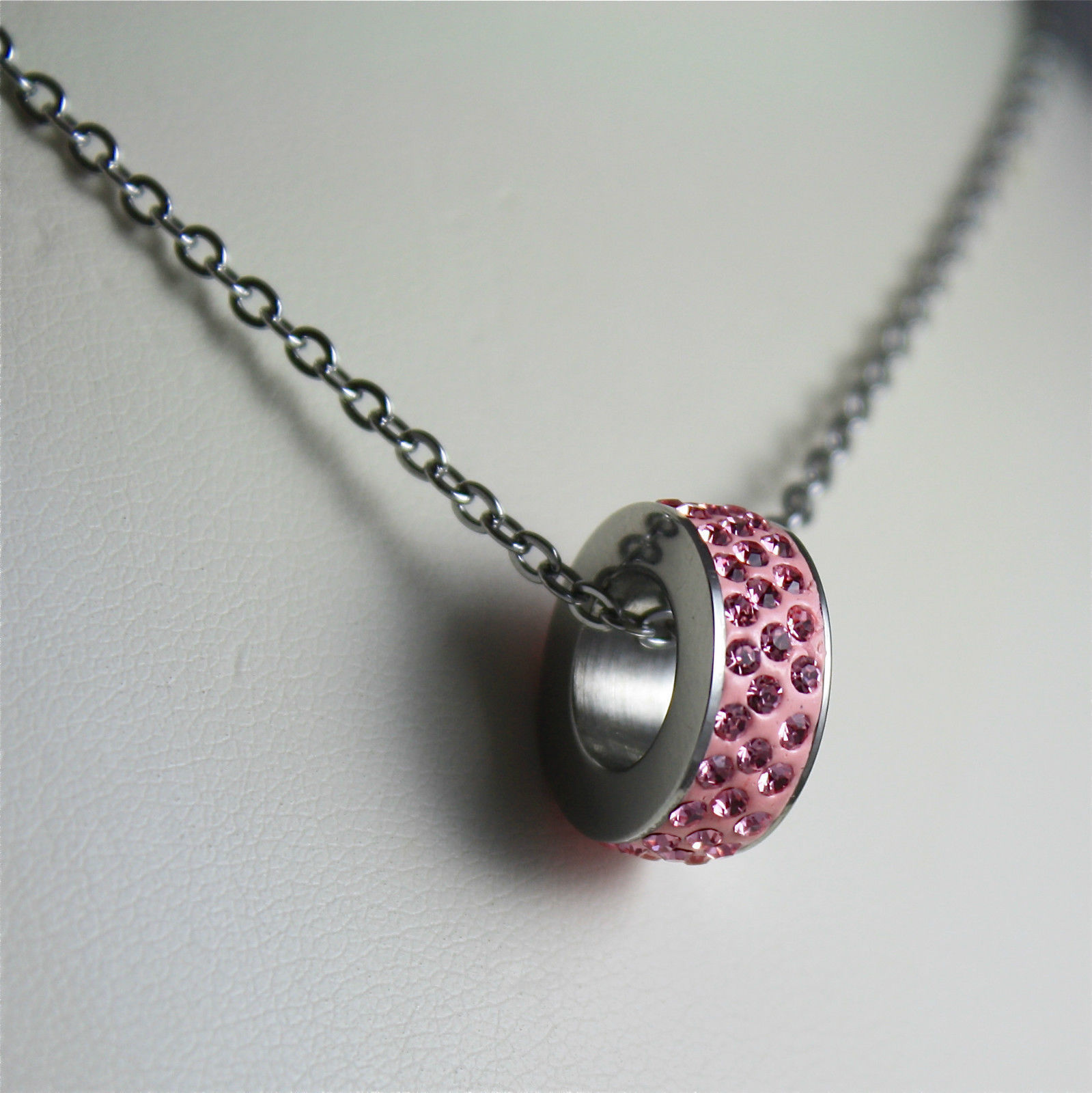S'AGAPO' NECKLACE, 316L STEEL, PINK PENDANT WITH FACETED CRYSTALS.