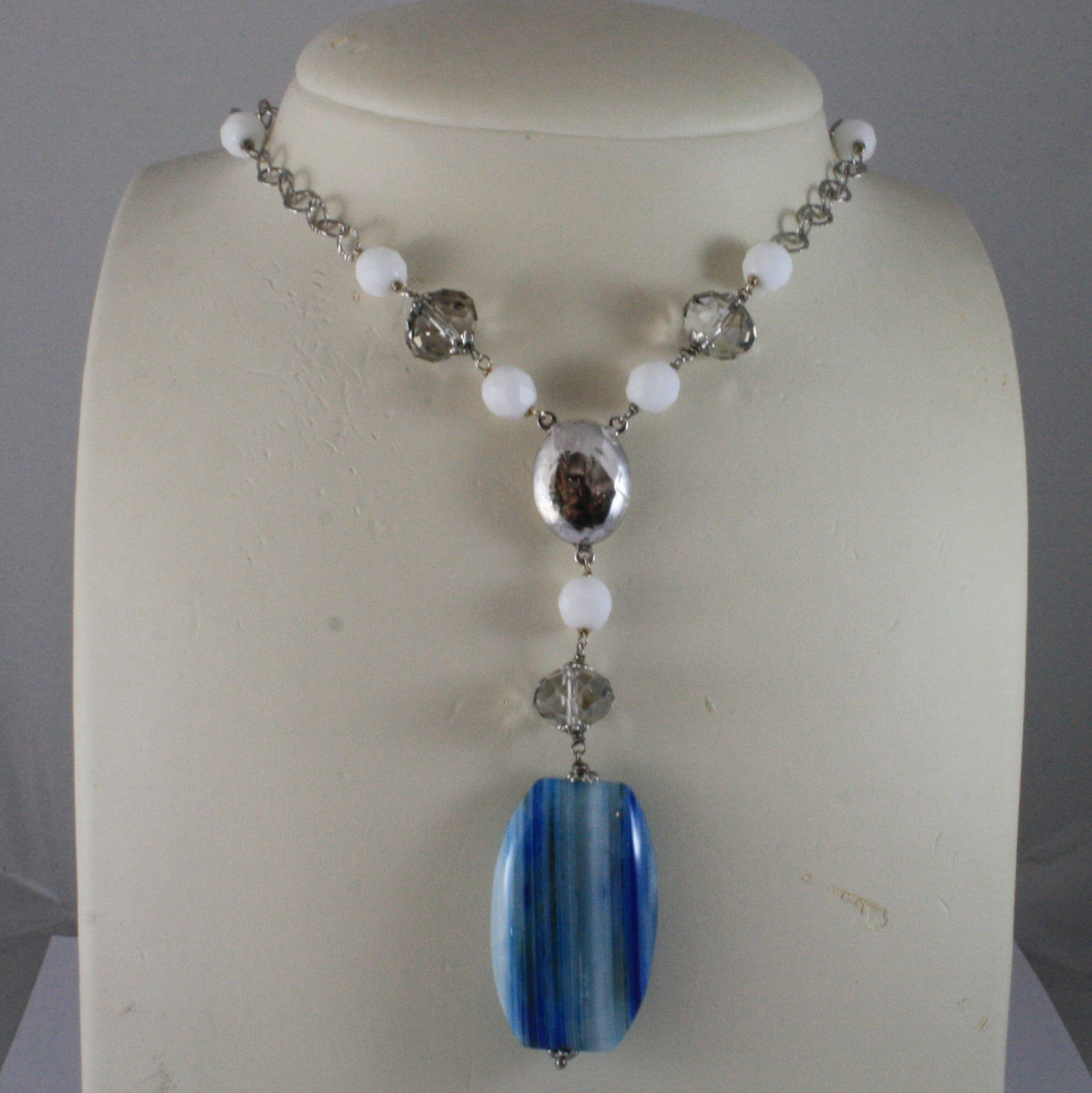 .925 SILVER RHODIUM NECKLACE WITH BLUE STRIPED AGATE, WHITE AGATE AND CRYSTALS