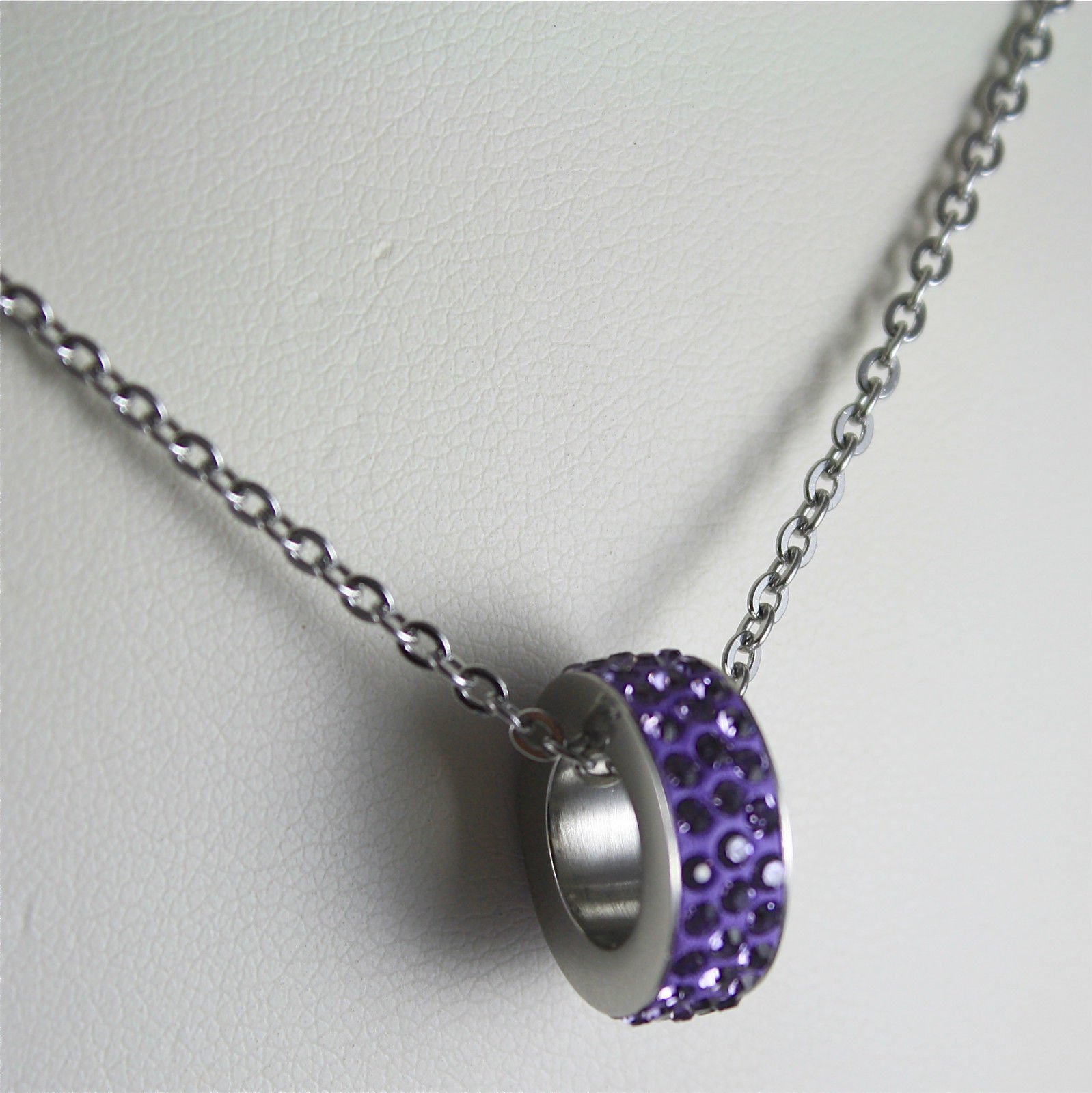 S'AGAPO' NECKLACE, 316L STEEL, PURPLE PENDANT WITH FACETED CRYSTALS.