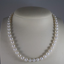 NECKLACE WITH WHITE PEARLS DIAM. 0,2 IN AND 18KT 750 WHITE GOLD CLOSURE