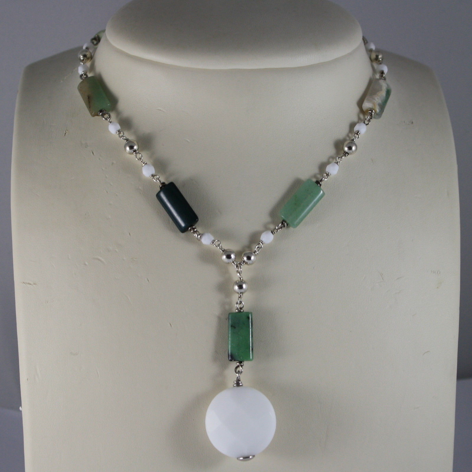 .925 RHODIUM SILVER NECKLACE WITH WHITE AGATE AND GREEN QUARTZ