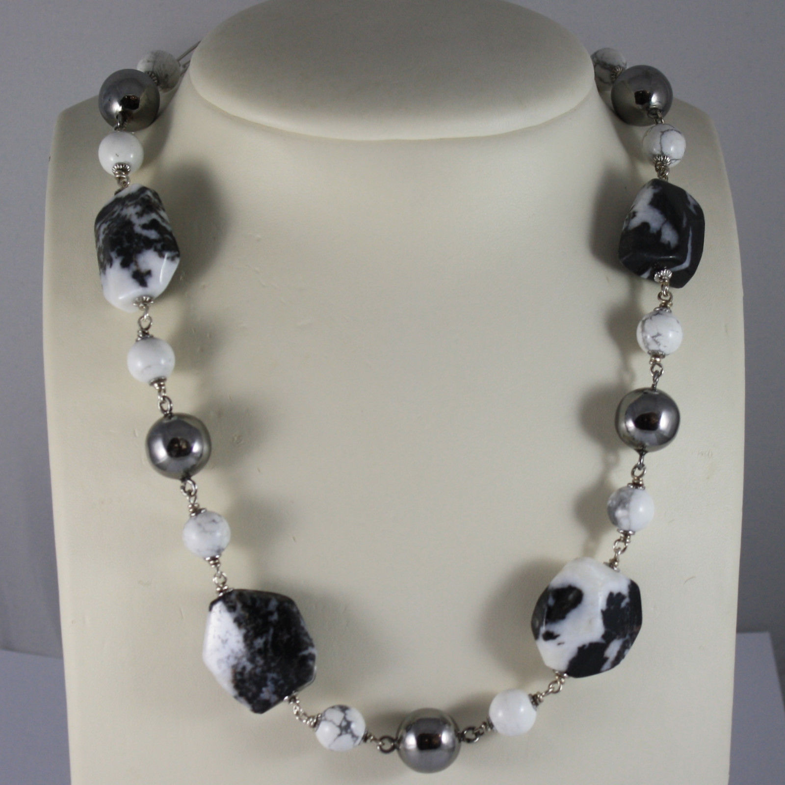.925 RHODIUM SILVER NECKLACE WITH BLACK & WHITE QUARTZ AND WHITE HOWLITE