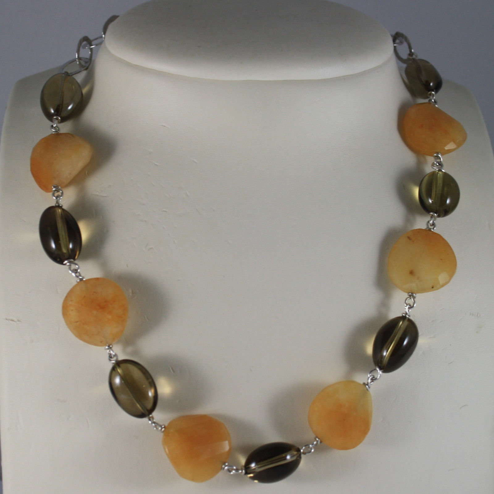 .925 RHODIUM NECKLACE WITH YELLOW JADE AND SMOKY QUARTZ