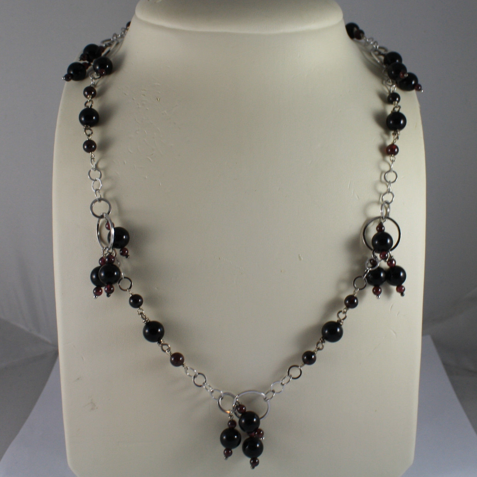 .925 SILVER RHODIUM NECKLACE WITH BLACK ONYX AND GRENADE