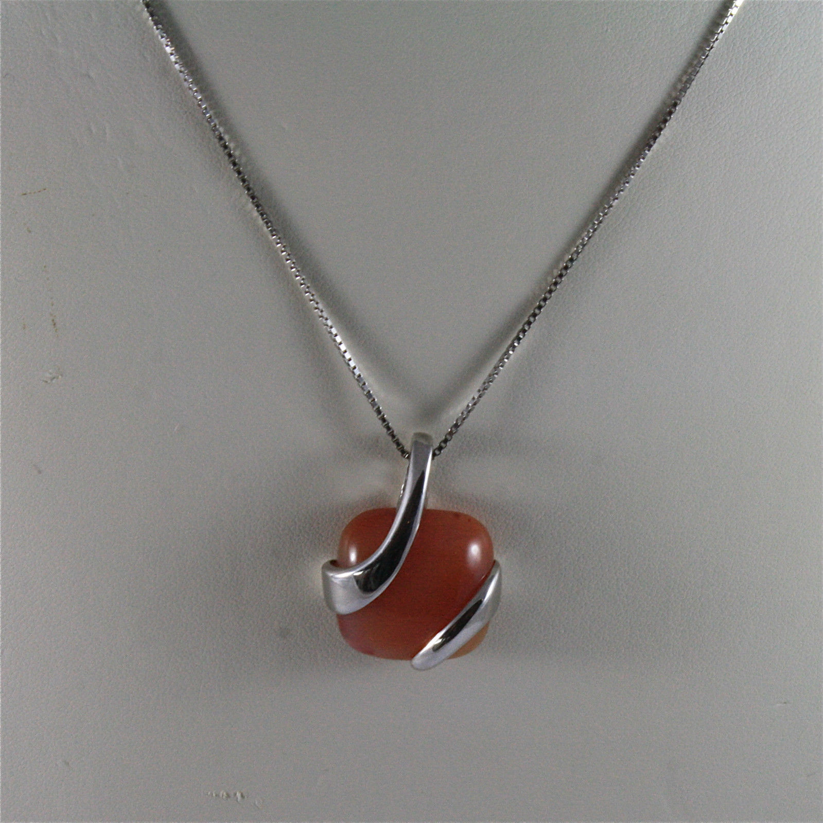 925 STERLING SILVER RHODIUM NECKLACE 17,72 In, RED AGATE PENDANT, VENETIAN MESH.