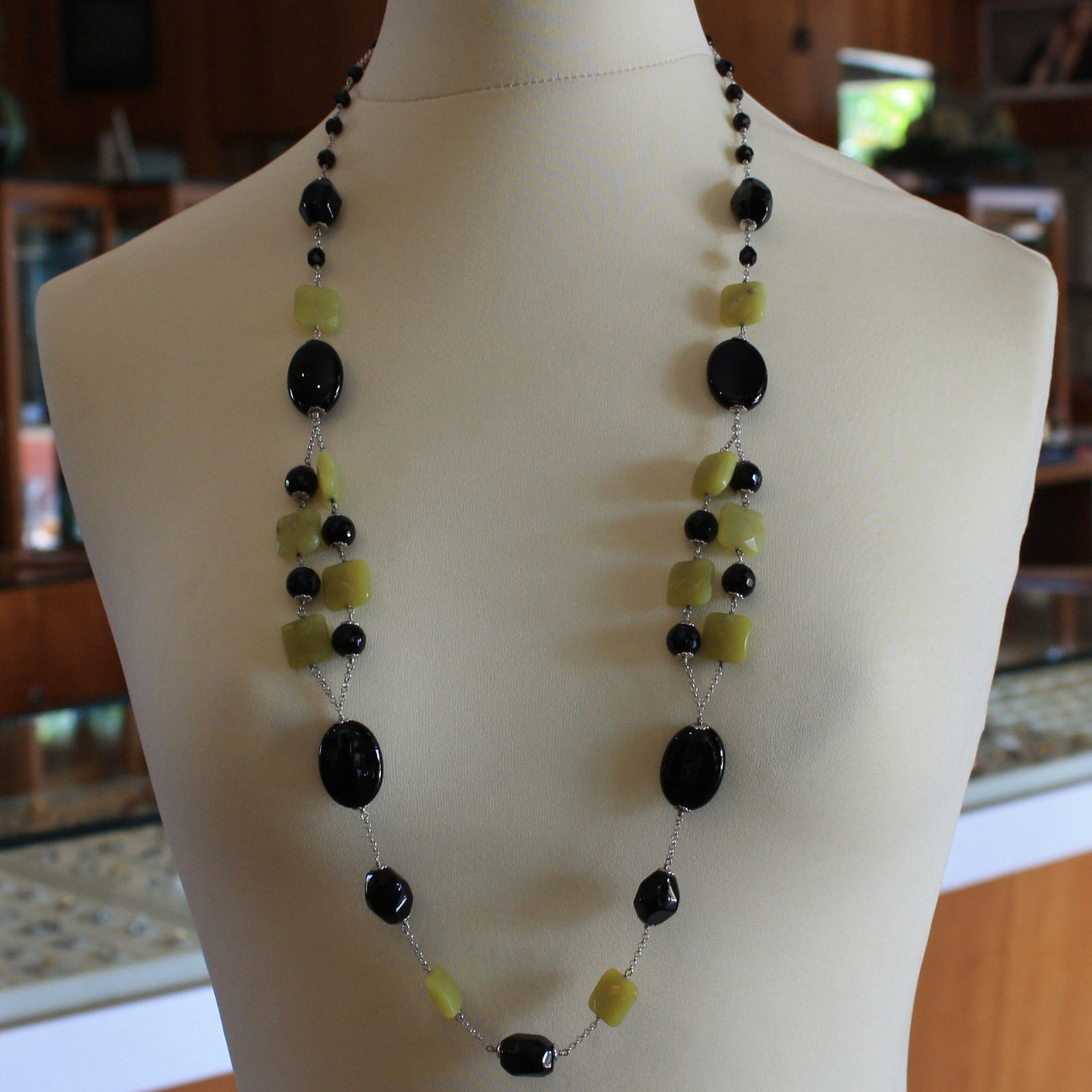 .925 SILVER RHODIUM NECKLACE WITH BLACK ONYX AND GREEN JASPER