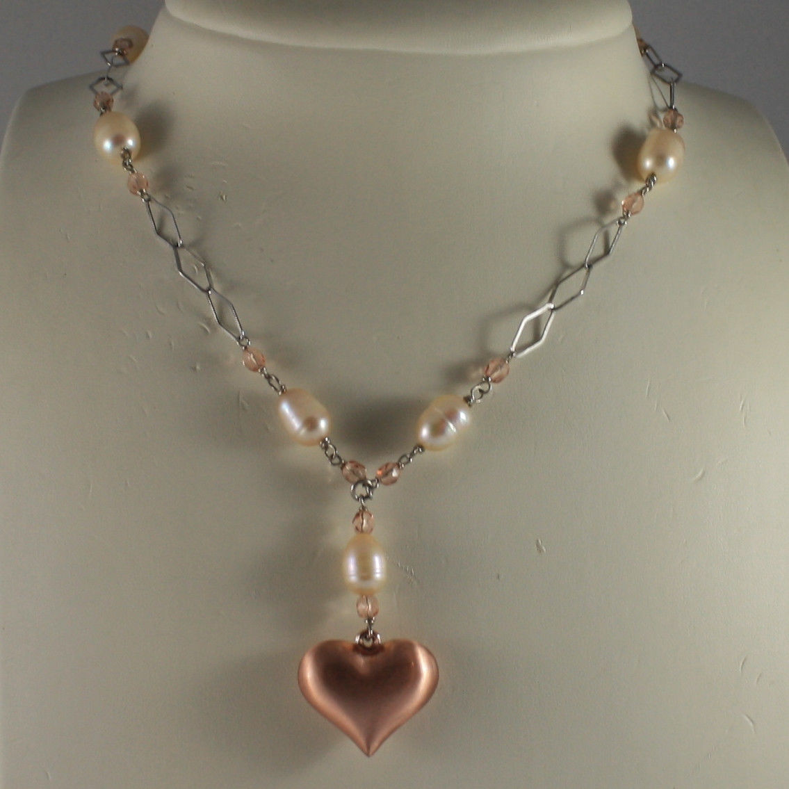 .925 SILVER RHODIUM NECKLACE WITH PINK PEARLS, PINK CRYSTALS AND HEART PENDANT