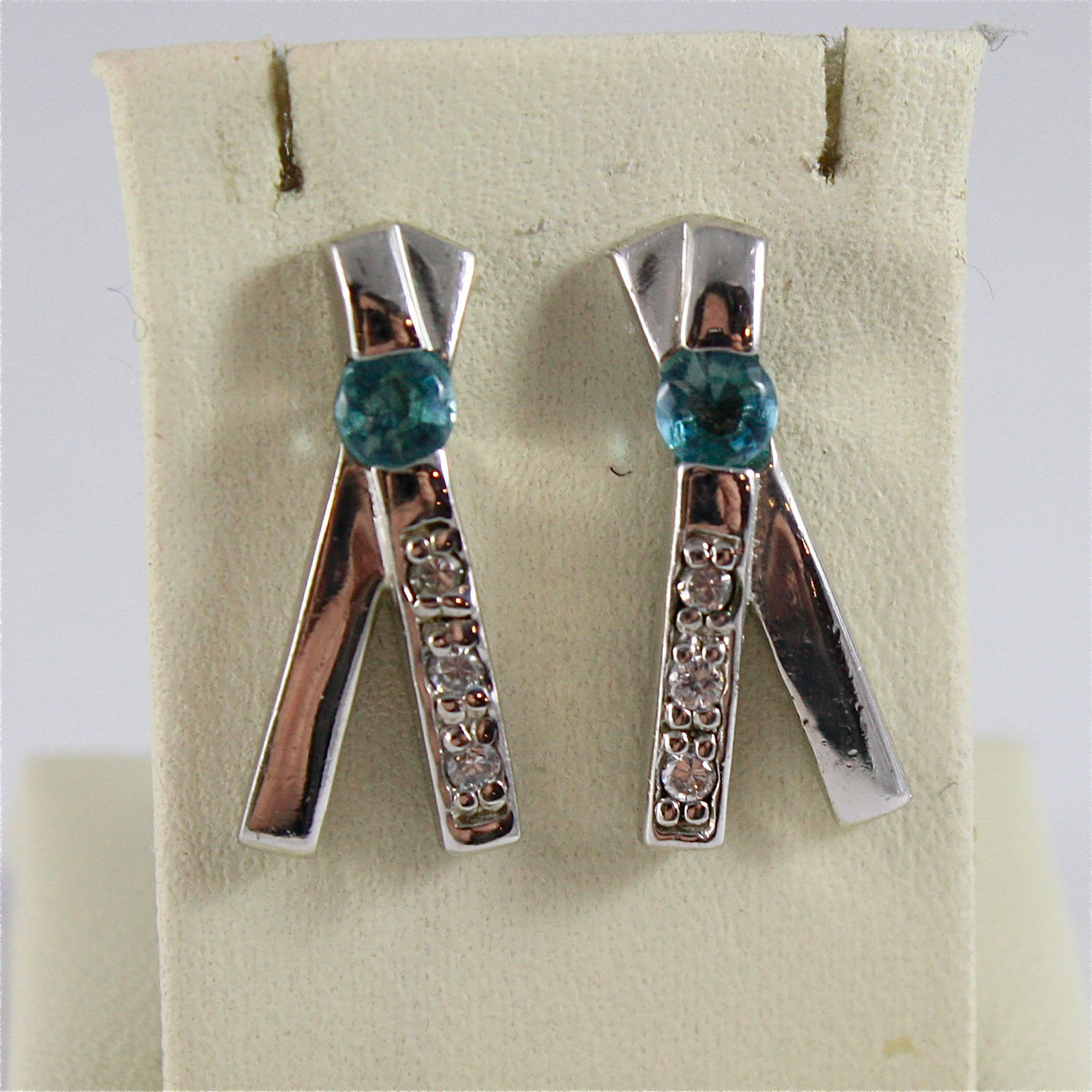 .925 RHODIUM SILVER EARRINGS, BLUE FACETED CRYSTAL, ZIRCONIA, VINTAGE STYLE.