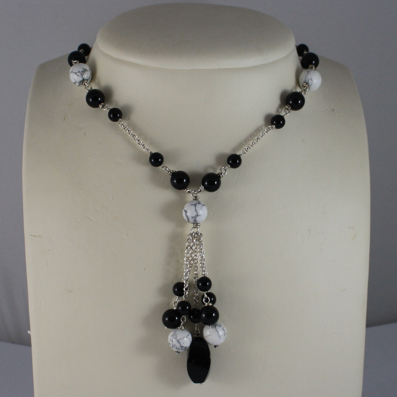 .925 RHODIUM SILVER NECKLACE WITH BLACK ONYX AND WHITE HOWLITE