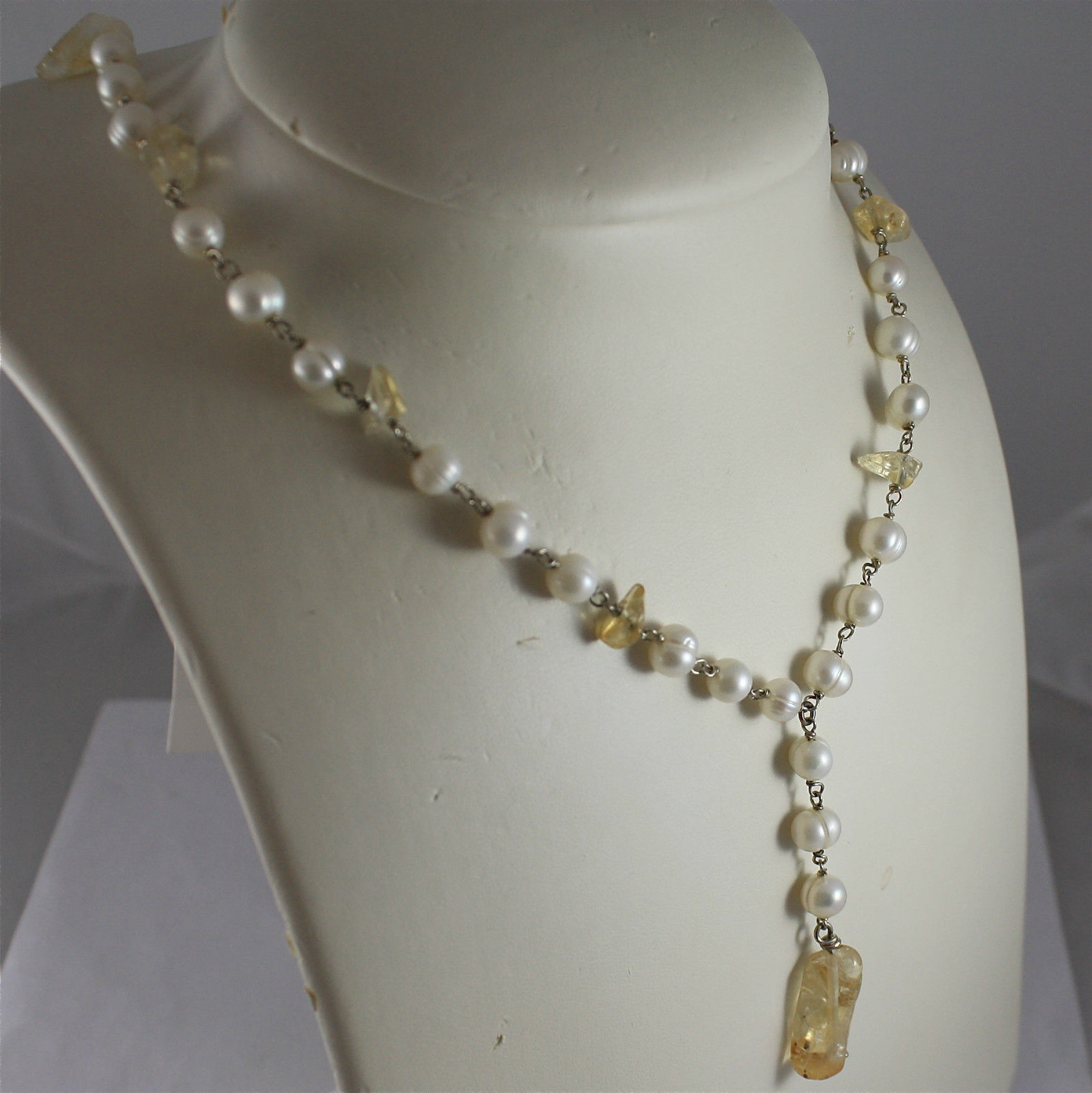 .925 RHODIUM SILVER NECKLACE, SCARF,WHITE BAROQUE PEARLS, YELLOW CRACK CRISTALS.
