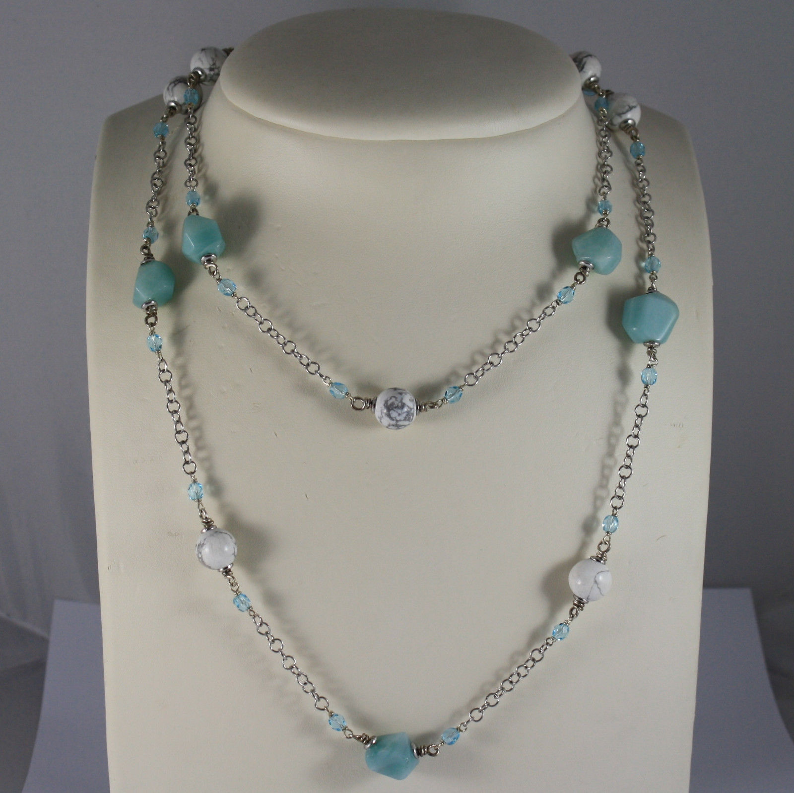 .925 RHODIUM SILVER NECKLACE WITH WHITE HOWLITE, BLUE CRISTALS AND BLUE QUARTZ