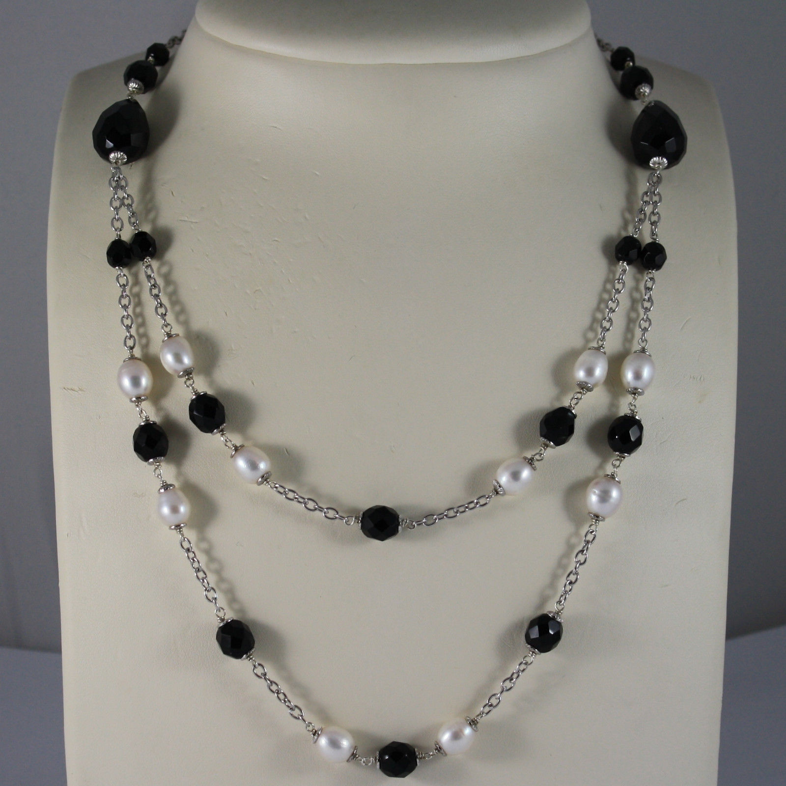 .925 RHODIUM NECKLACE WITH BLACK ONYX AND FRESHWATER WHITE PEARLS