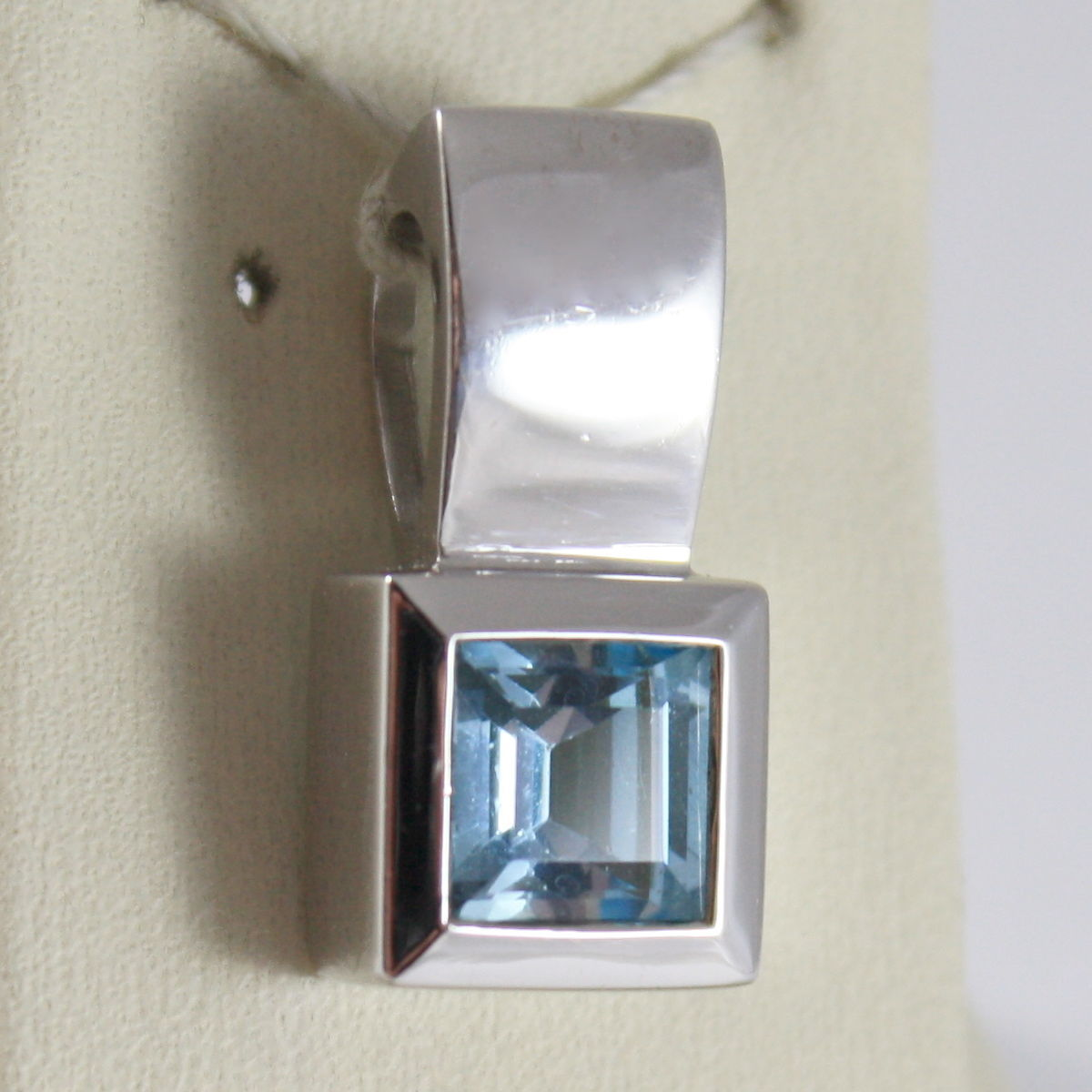 SOLID 18K WHITE GOLD PENDANT, BLUE TOPAZ CT 1.5 PRINCESS CUT MADE IN ITALY