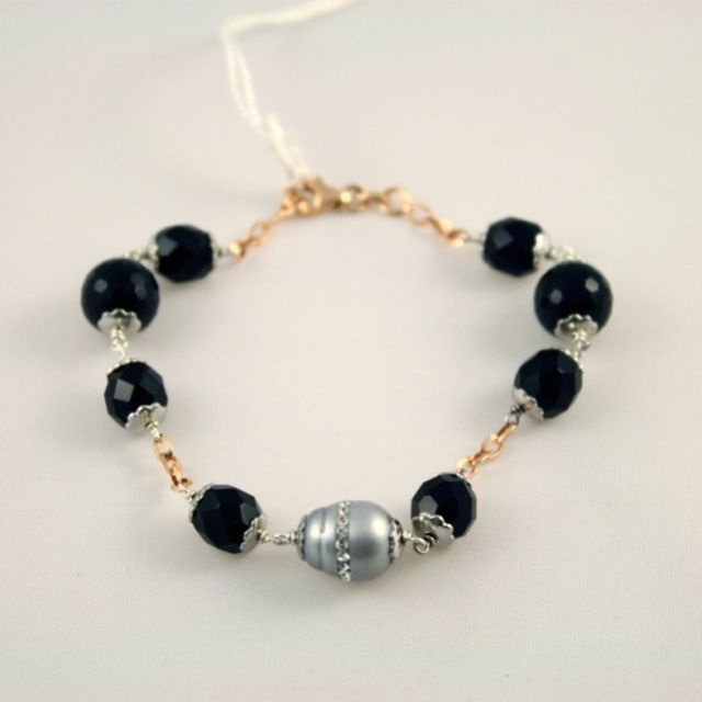 .925 RHODIUM SILVER BRACELET, ROSE GOLD PLATED CHAIN, WITH ONYX AND PEARLS.