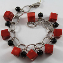 .925 RHODIUM SILVER BRACELET WITH BLACK ONYX AND CUBES OF BAMBOO CORAL