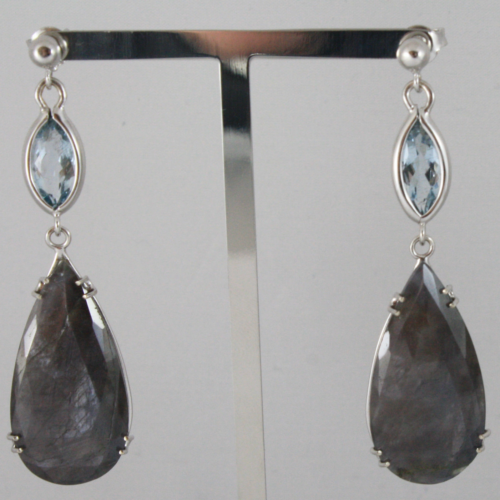 18K WHITE GOLD DROP EARRINGS, AQUAMARINE CT 2.50 SAPPHIRE CT 29.50 MADE IN ITALY