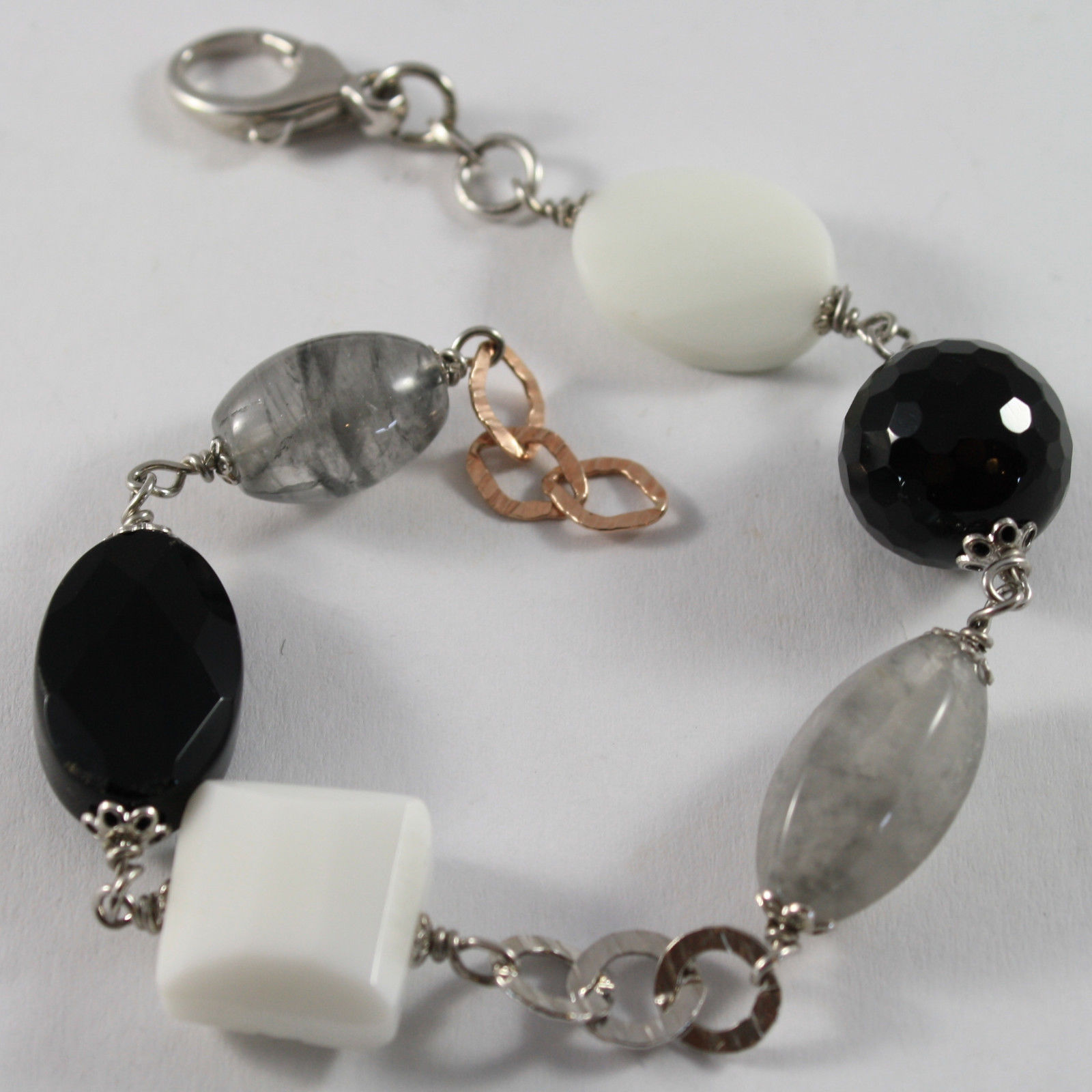 .925 RHODIUM SILVER BRACELET WITH BLACK ONYX, WHITE AGATE AND GRAY QUARTZ