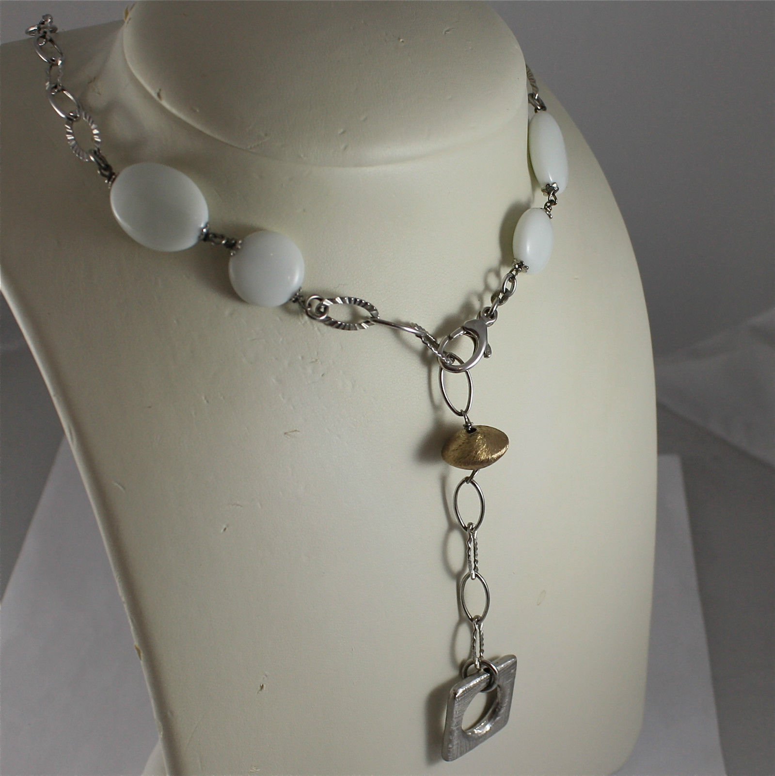 .925 RHODIUM SILVER NECKLACE, WHITE AGATE, SCARF, SILVER SQUARE AND PLT PENDANT.
