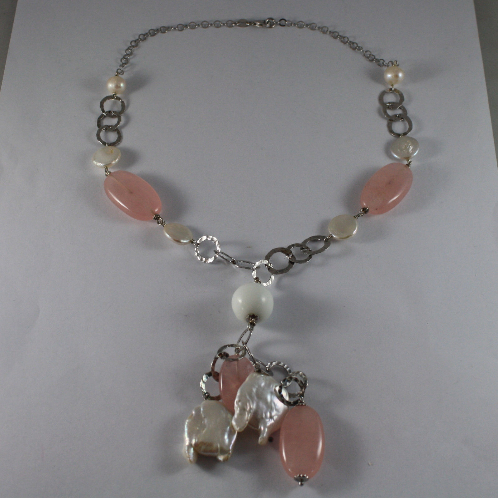 .925 SILVER RHODIUM NECKLACE WITH BAROQUE WHITE PEARLS, AGATE AND PINK QUARTZ