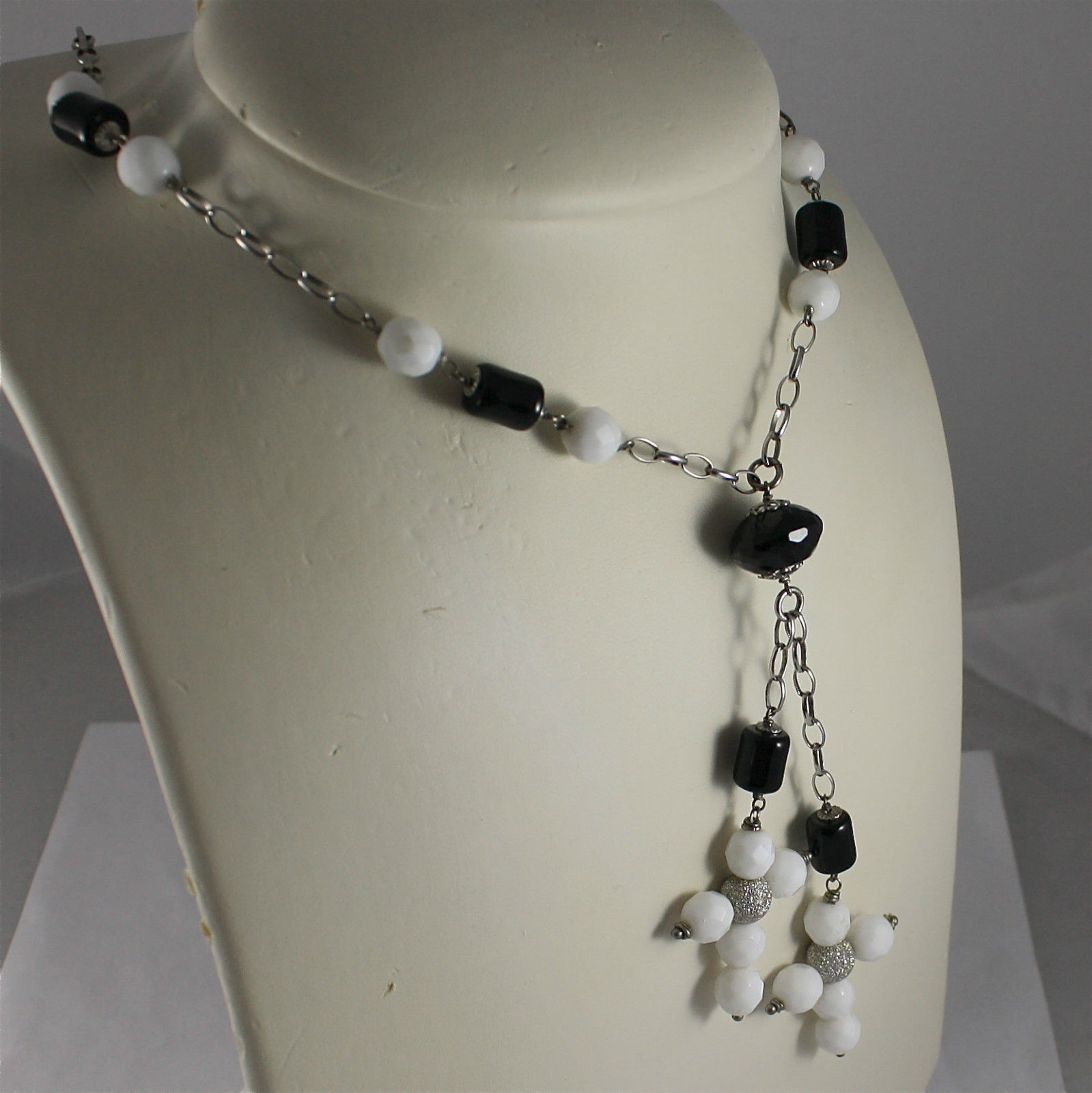 .925 RHODIUM SILVER NECKLACE, BLACK ONYX, WHITE AGATE, 2 FACETED AGATE CROSSES.