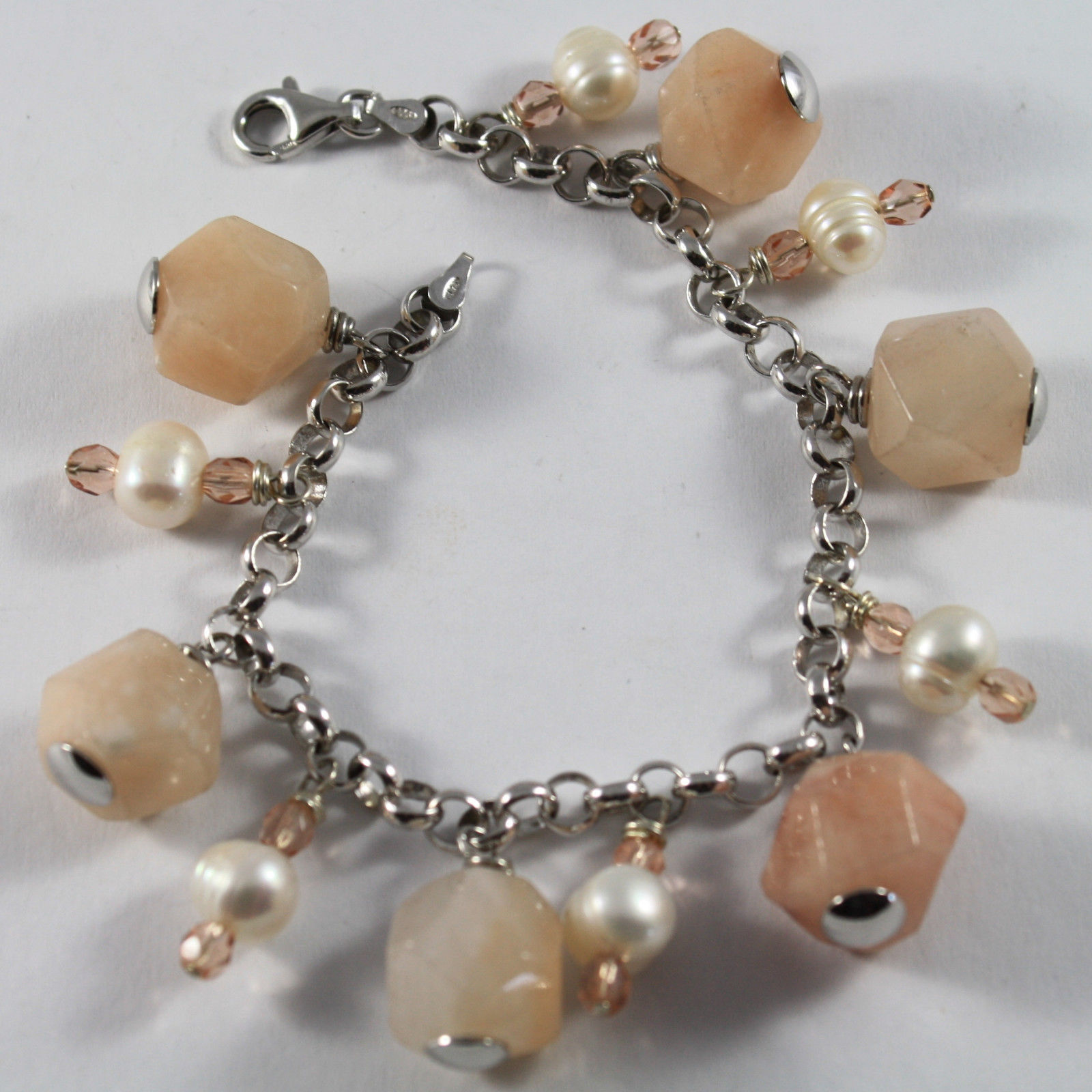 .925 RHODIUM SILVER BRACELET WITH PINK JADE, WHITE PEARLS AND ROSE CRISTAL