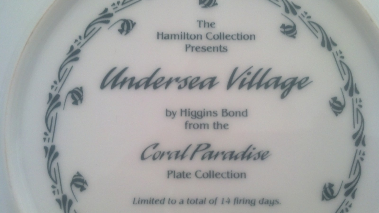 Hamilton Collection, Undersea Village, Coral Paradise, Fish,Aquarium, Sea,Ocean