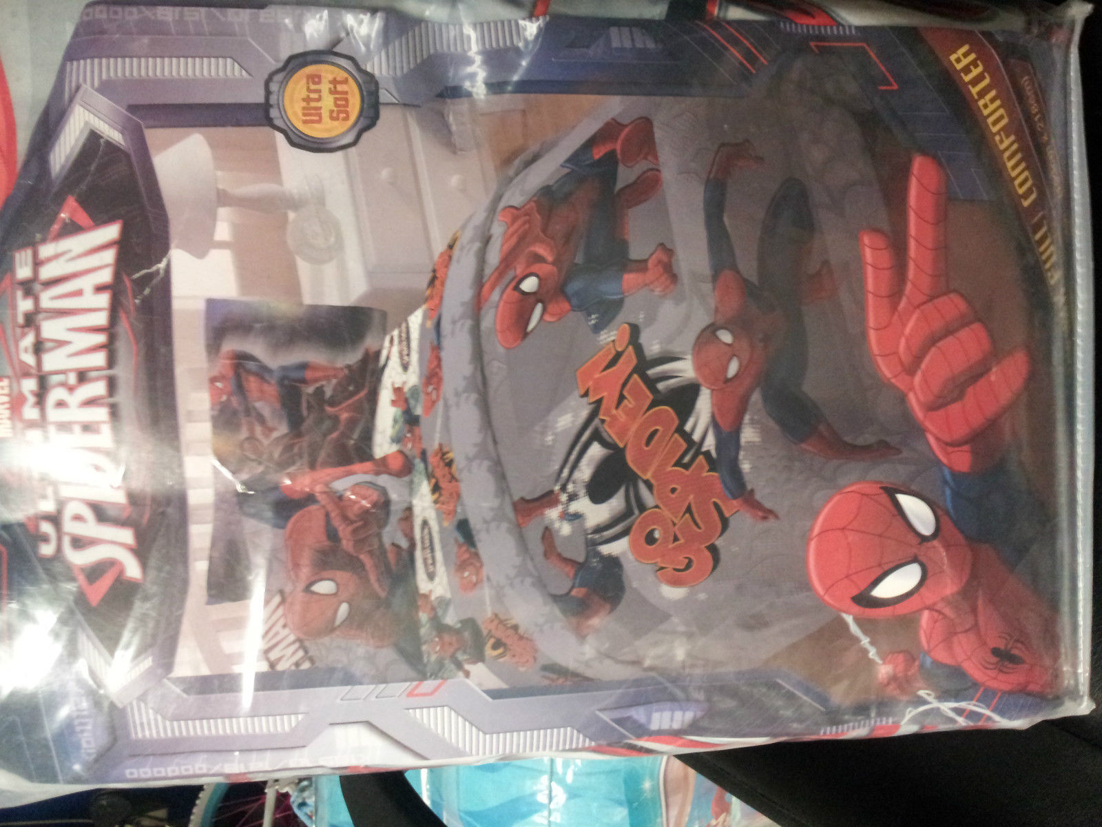 Primary image for Ultimate Spiderman Twin/Single Size Comforter Sheet Set