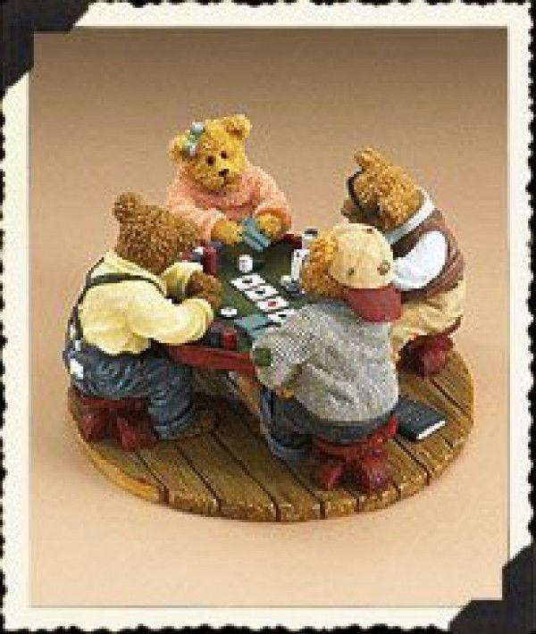 "Boyds Bearstone ""Annie, Jack, Tex & Chip..Shuffle Up & Deal"" # 2277965 -1E- NIB"