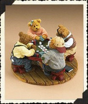 "Boyds Bearstone ""Annie, Jack, Tex & Chip..Shuffle Up & Deal"" # 2277965 -... - $39.99"