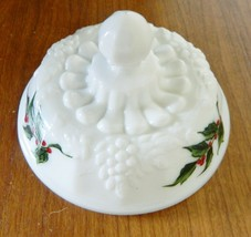 Westmoreland Paneled Grape Holly Berry Powder Puff Jelly Box Lid Only Milk Glass - $14.73