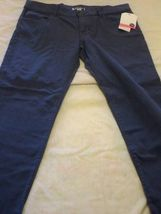 Women's/Jrs Roxy Screen Saver CROPPED PantS faded blue JEANS  New $50 - $22.99