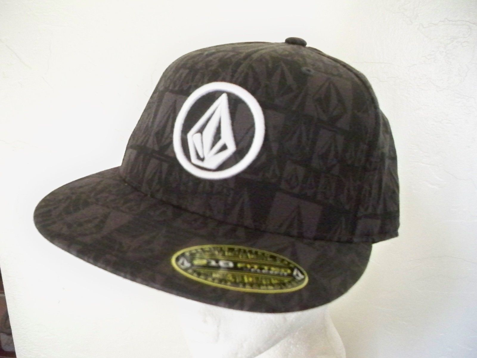5c6a220ea7e64 Volcom Men s Guys Hat Cap Lid Gray Checker and 50 similar items