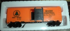 HO Scale Electric Trains Box Car Maine Central - $6.50