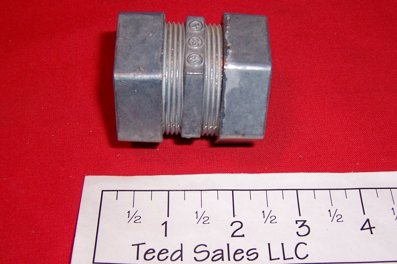 "1 1/4"" Electrical Metallic Tubing Compression Coupler Lot of 5"