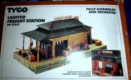 HO Trains  Tyco Lighted Freight Station HO Scale - $14.50