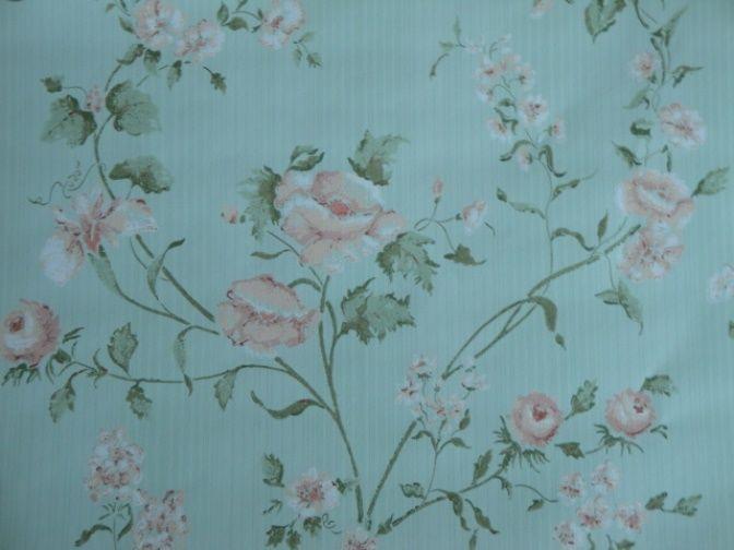 14sr Green W Roses Strahan Discount Designer Wallpaper