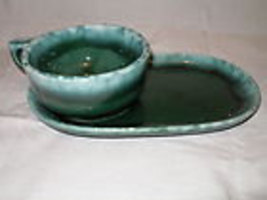 2 Old Hostess  HULL POTTERY  SNACKSETS Green Agate & Brown Drip Mug & Tr... - $59.99