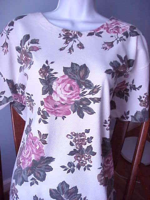 Milano Tunic Top  IVORY with Pink Roses sz L