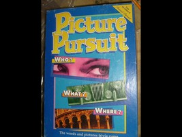 PICTURE PURSUIT GAME  COMPLETE - $24.00