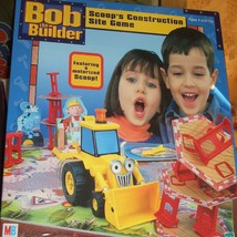BOB THE BUILDER-- SCOOP'S CONSTRUCTION SITE  MOTORIZED GAME 2001 HASBRO - $14.00