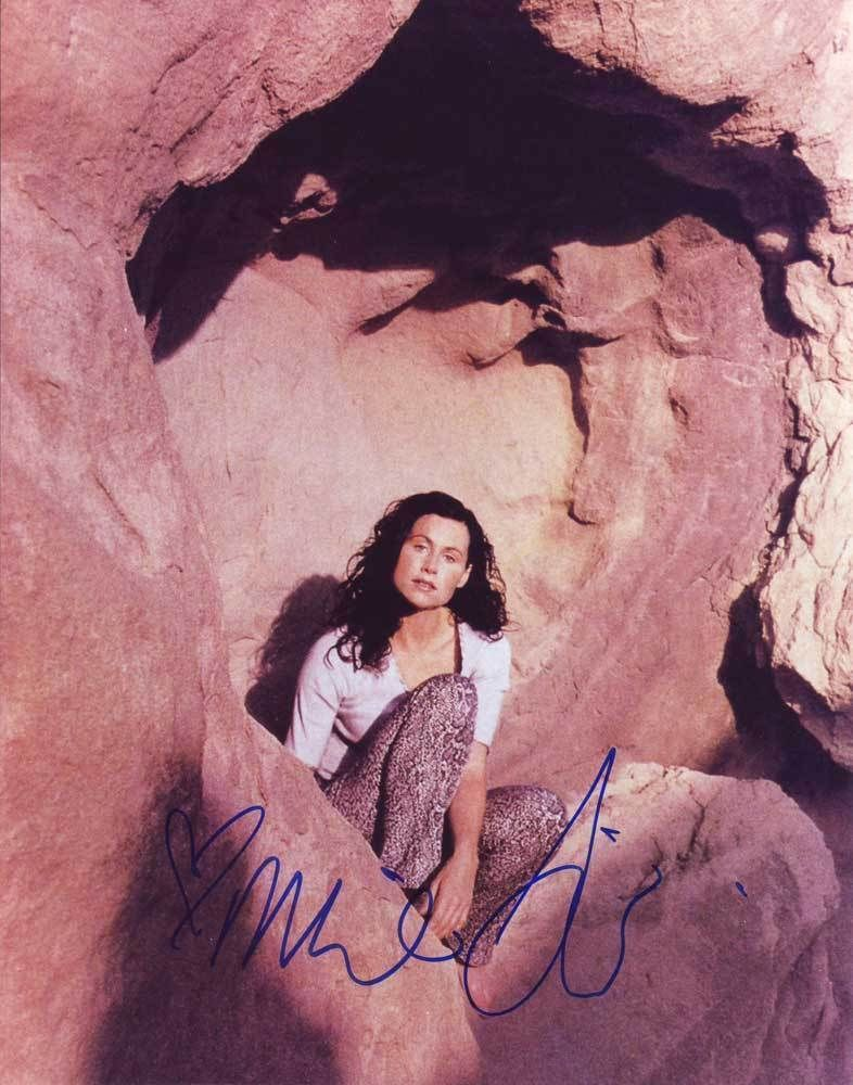 Primary image for Minnie Driver AUTHENTIC Autographed Photo COA SHA #11786