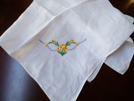 White Cotton hand made Tulip Flower Embroidery Accent Tea Table Cloth 33... - $27.72