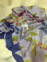 Beautiful Banana Republic Cotton / Silk Scarf - $15.00