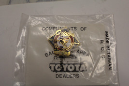 Baltimore Orioles 1970 WORLD SERIES Pin/Button Toyota Dealers Sealed - $11.87