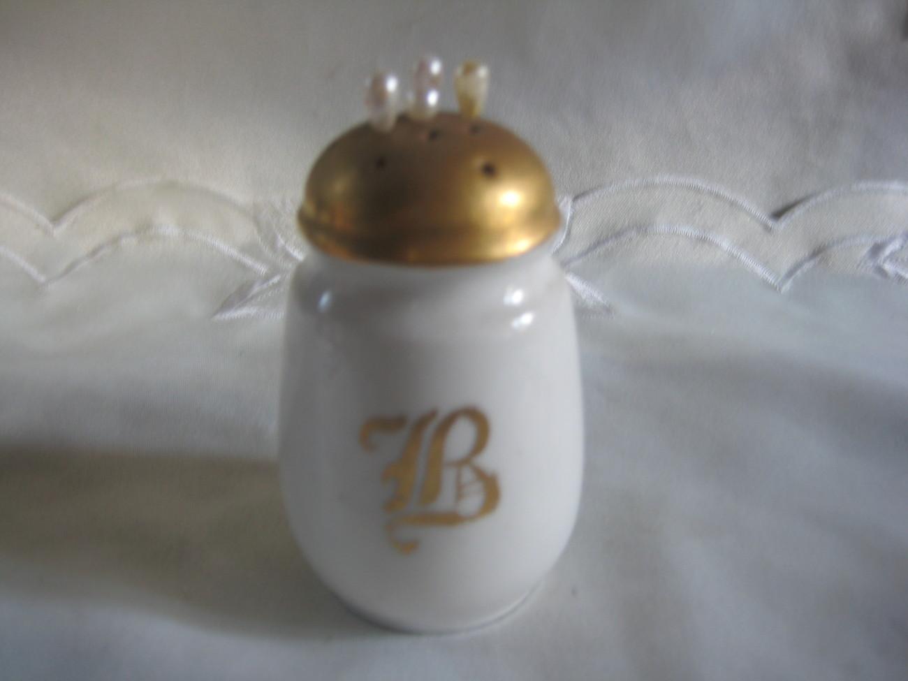 Gorgeous Hatpin Holder Gilt letter B