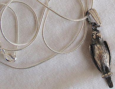 Mini parrot silver pendant