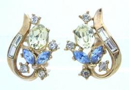 VTG 1950s CROWN TRIFARI Gold Tone Blue Green Rhinestone Clip Earrings Pa... - $74.25