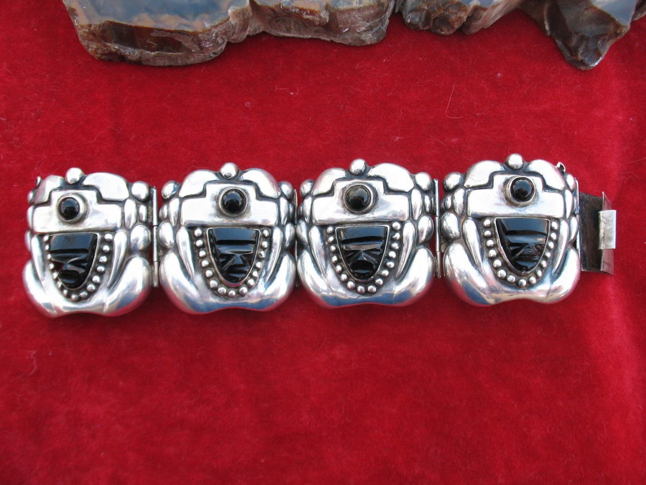 Jose Anton Mexican Sterling Silver Repousse Onyx Bracelet Old Vintage