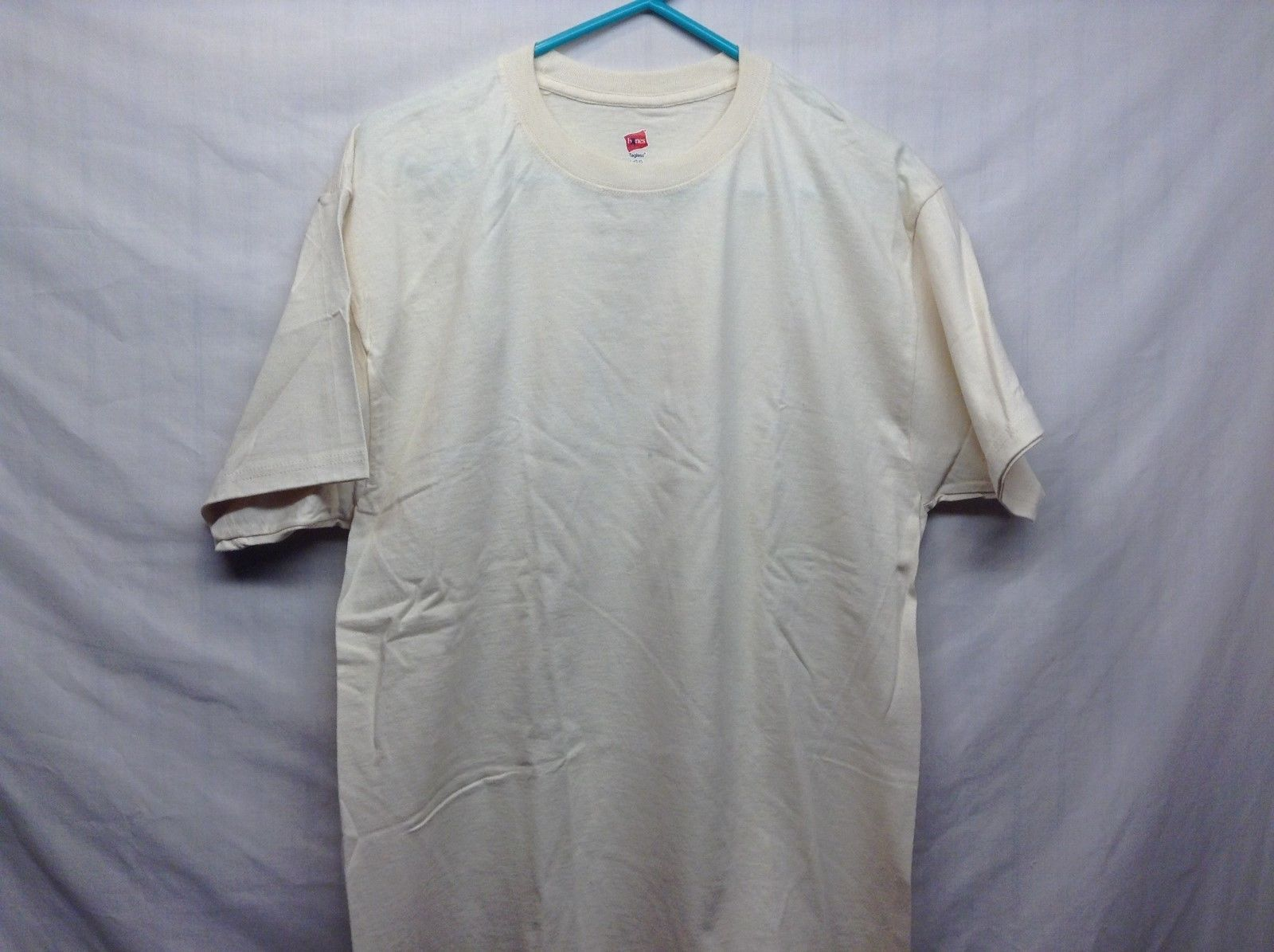 Like NEW HANES Med Weight Sand Colored Cotton T Shirt Sz LG