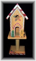 DECORATIVE WOODEN CHRISTMAS GINGERBREAD BIRDHOUSE~BNIB - $7.95